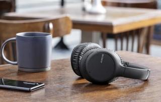 headphone Sony WH-CH710N com ANC